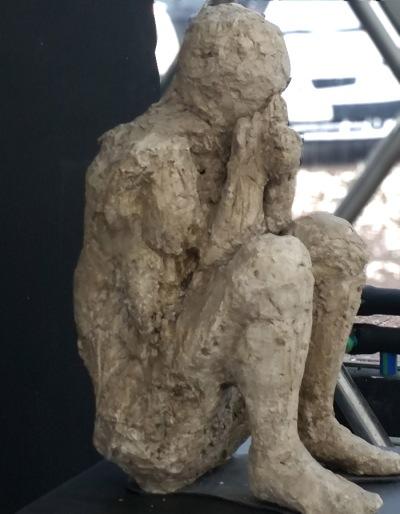 10A-Pompei (14_petrifie)